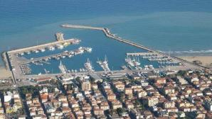 Giulianova port